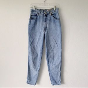 Super High Rise Vintage Mom Jeans Sasson Tapered